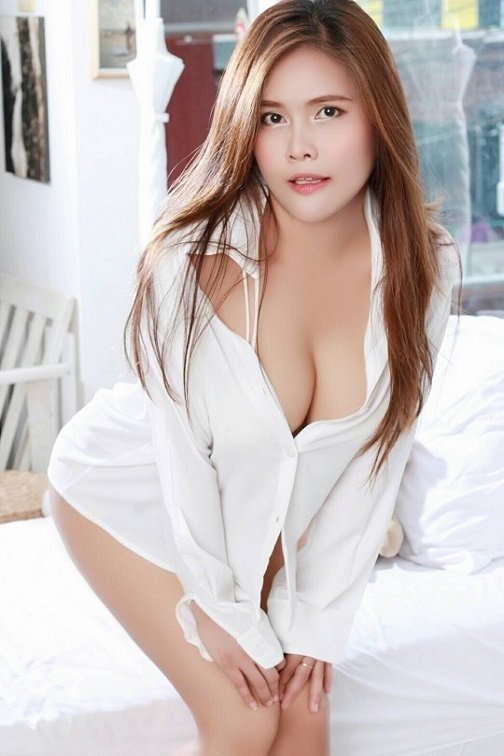 Juhu Escorts Are Serving The Delicious Treat With All The Sexy Girls In Mumbai.