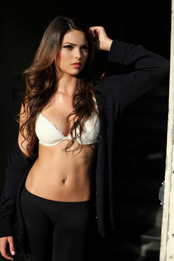 Avail The Foreign Escorts In Mumbai On Your Bed And Enjoy All The Night.