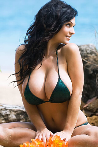 Avail Our Sexiest Escort Girls At Mumbai Escorts Agency. Call Us To Have Us.