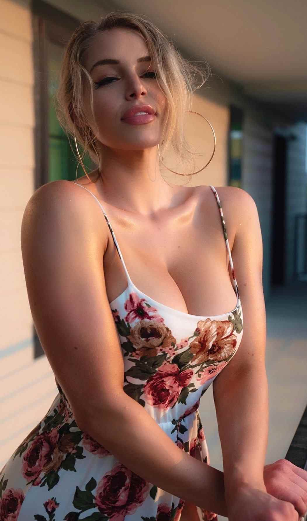 Get Yourself Available At Escort Service Sex In Mumbai And Enjoy Anytime.