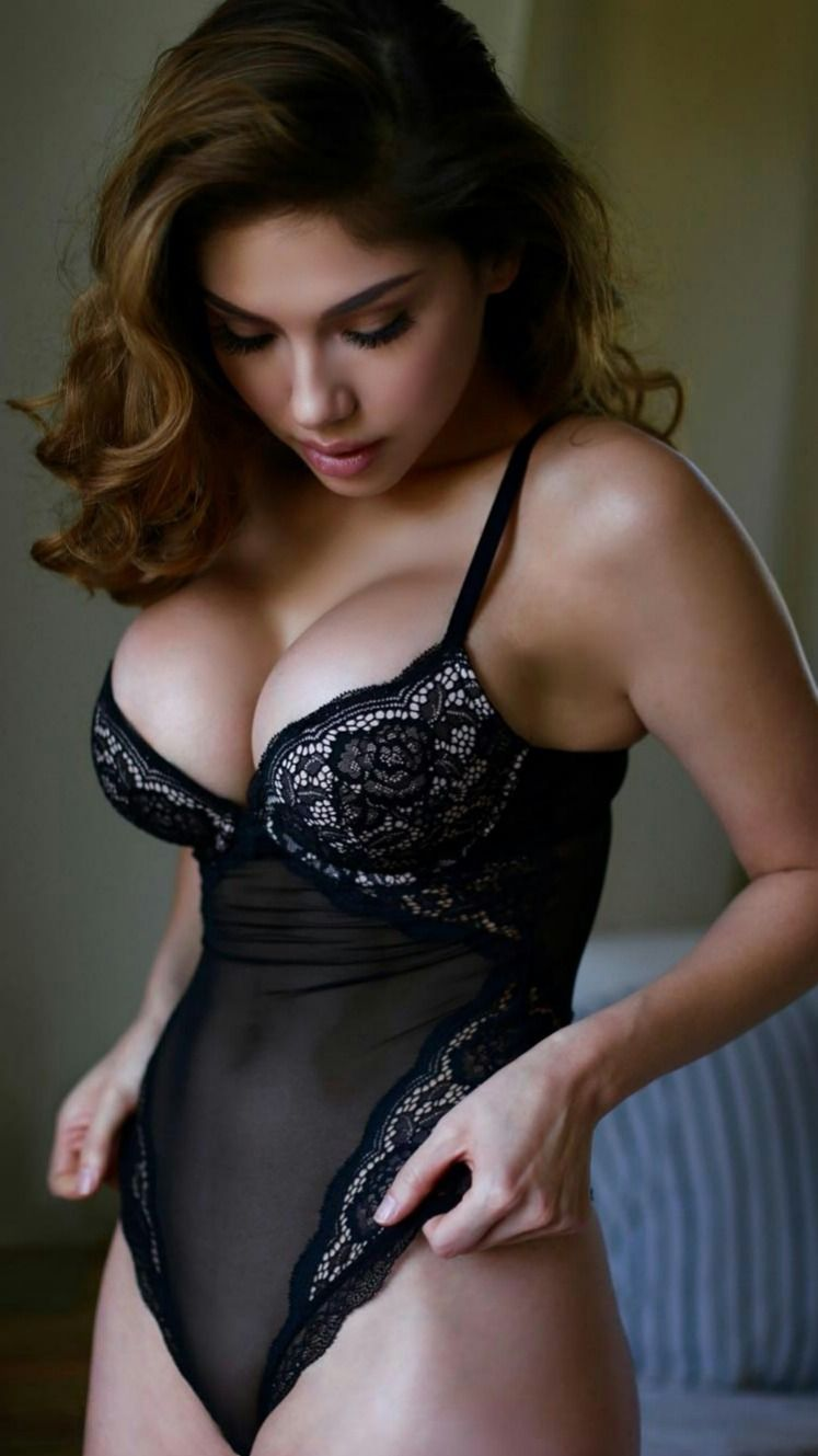 Hire My Hot And Sexy Ladies From My Escort Sites In Mumbai And Enjoy Whole Night.