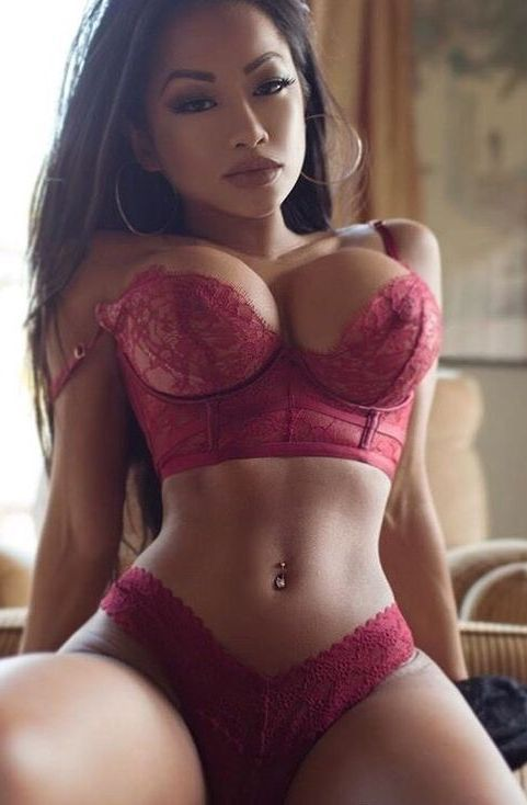 Mumbai Sex Ladies Are Welcoming You With Warm Hugs And Erotic Ambiance.